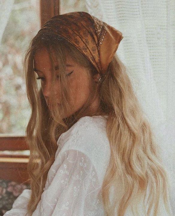 low ponytail^