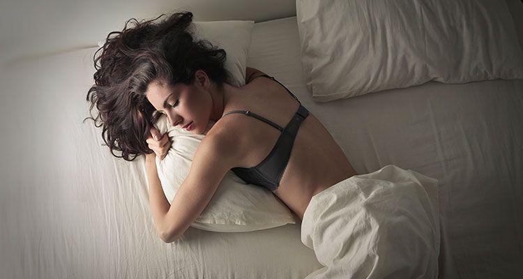 Após inúmeros giros na cama, eu consigo afastar cada dúvida e adormeço