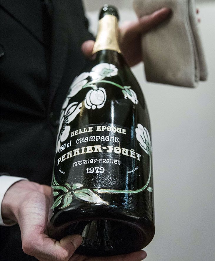 """*Perrier Jouët Belle Èpoque Magnum:""""Vinho que vem exclusivamente das uvas de dois lieux-dits em Cramant (Bourons-Leroy e Bourons du Midi) que cresceram nos vinhedos de propriedade da Maison por mais de 150 anos"""