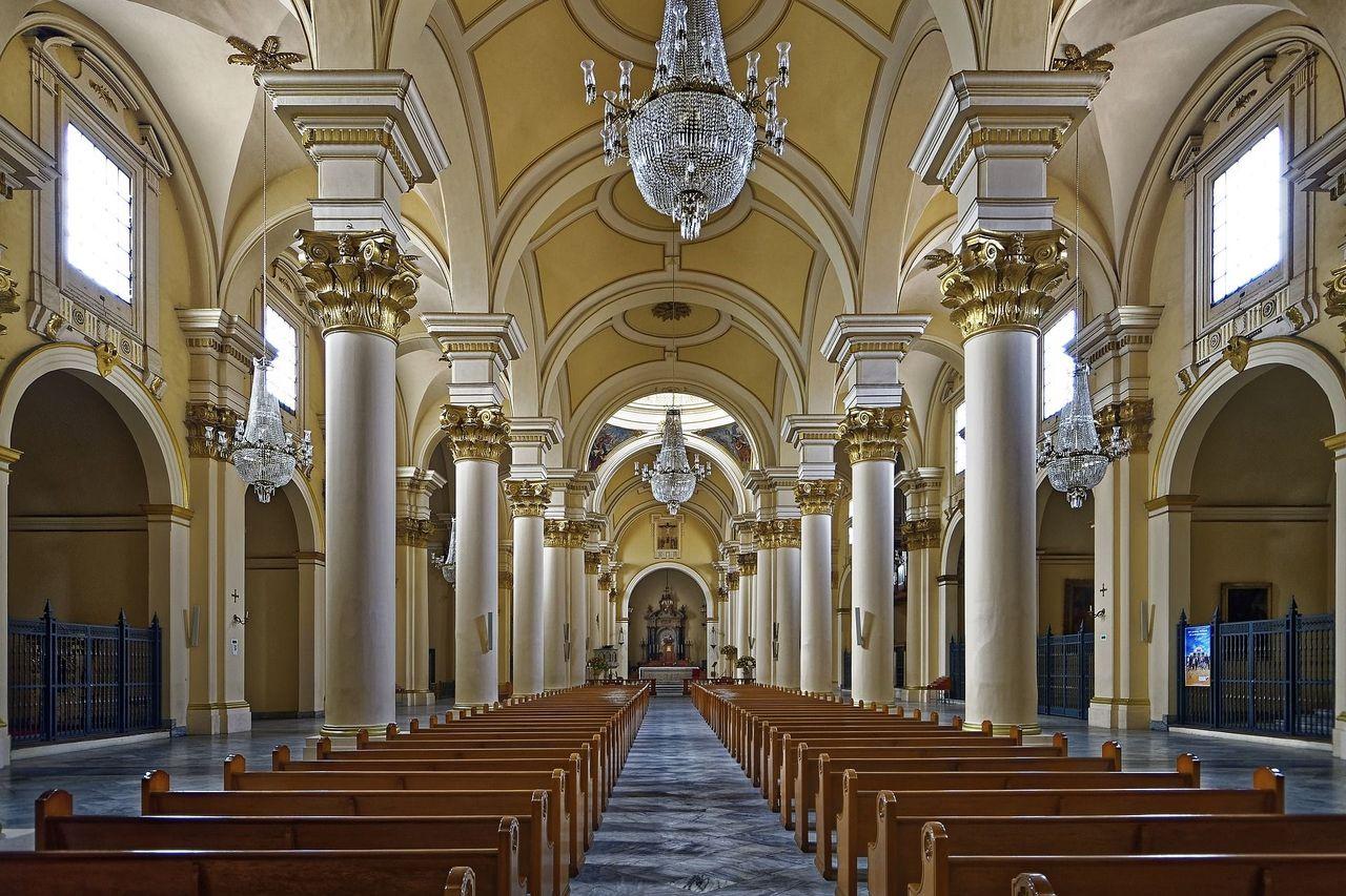 O resultado é um prédio secular que ocupa 5,3 mil metros quadrados bem na capital da Colômbia