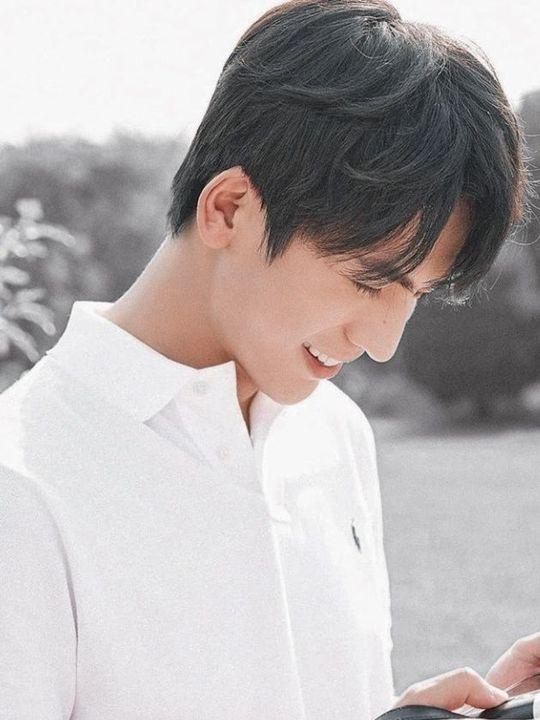 Zhang Ling He     / Tapakana Ruamada