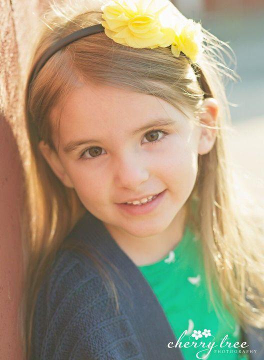 """Abigail grey """"idk her name again sorry 😐"""" - Sofia best friend"""