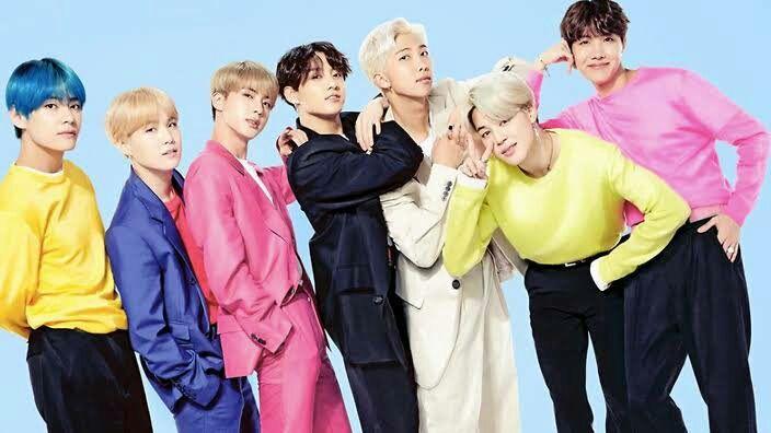 """Actualmente los chicos de BTS se encontraban ensayando la coreografía de su nuevo vídeo musical """"Boy with luv"""", los 7 ponían todo su empeño para que la coreografía quedare realmente bien ya que querían hacer un gran trabajo para Army"""