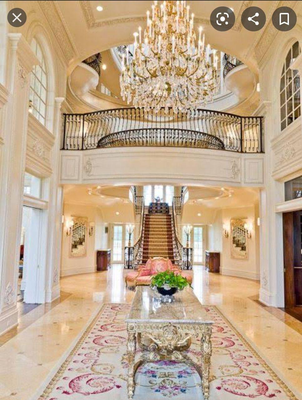 हॉल और सीढ़ी
