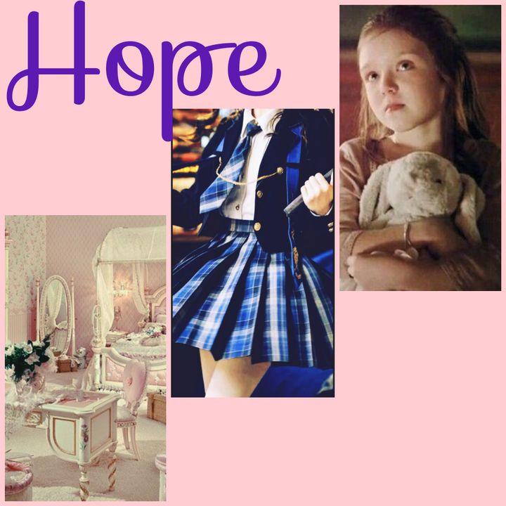 — Mostrinho — escuto a voz da mamãe de Sophia