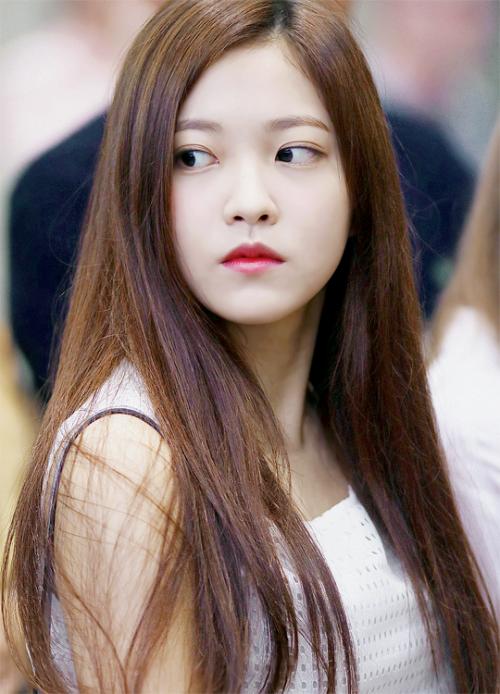 a/n: imagine yeri from red velvet as jiseul