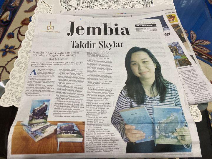 I'm in a newspaper!!!!