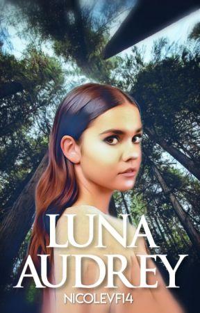 Luna Audrey by nicolevf14