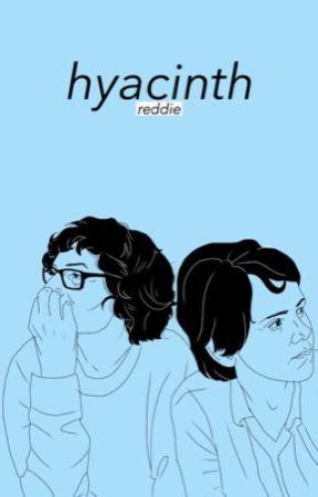 hyacinth  ❁ reddie (SUPER OLD) by myrakaspbrak