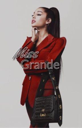 Miss Grande by SavSlayton