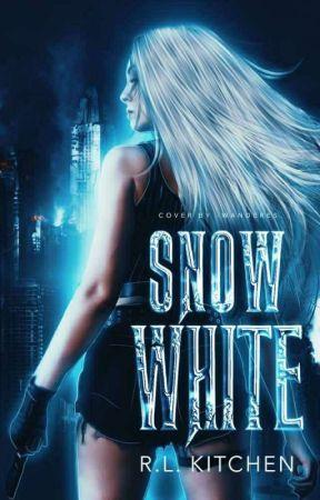 Snow White by HinataDate