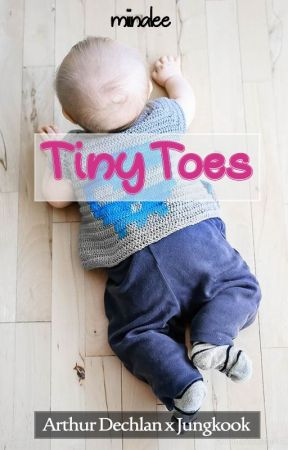 Tiny Toes by Miinalee