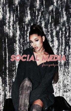 Social Media- book 1 [✔️] by LOLALYCIAS