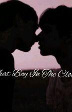 That boy in the closet/ Reddie Fluff & One-Shots by lilhuddyee