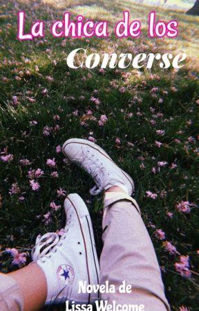 La Gordita de los Converse by CurvyGirl24