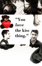 The Kiss Thing (THIAM) by PiccionaMalandrina