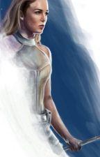 Sara Lance X [Female] Reader by fanfics20001
