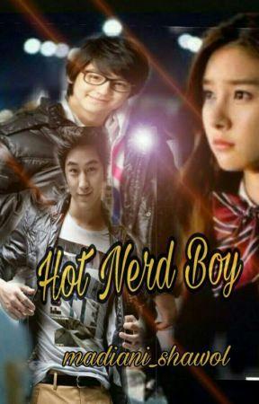 Hot Nerd Boy by madiani_shawol