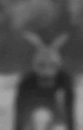 The creepy bunny >:) by meme234rt