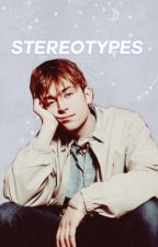 𝙎𝙏𝙀𝙍𝙀𝙊𝙏𝙔𝙋𝙀𝙎  (damon albarn x reader)  by valeriareadsalot