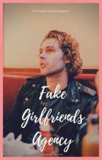 Fake Girlfriends Agency || Luke Hemmings di fletcherssmile98