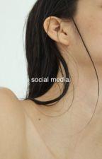 social media | stray kids ✓ by gyutracks