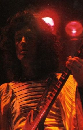 Now I'm Here (a Brian May fic) by brianmayfucks