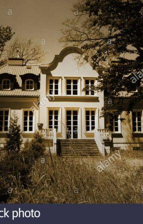 Amour Mansion (Creepypasta Story) by AmourEmma