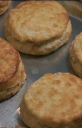 Bescuit ( A Poem About Making Hardee's Biscuits) by hae1421