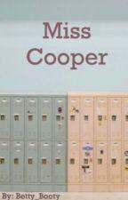Miss Cooper door Betty_Booty