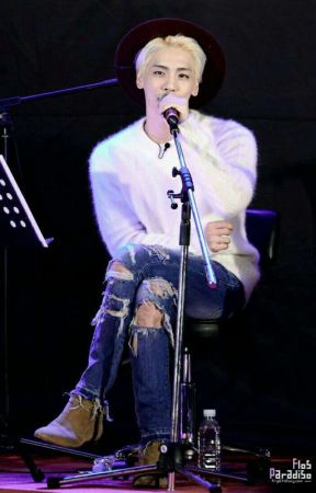 I'M YOUR BOY_ Jonghyun (on Going)  by MooonYagami