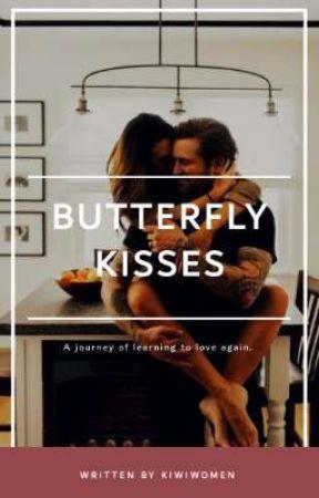 Butterfly kisses  by kiwiwomen