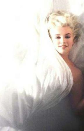 Marilyn Monroe by VpinkRp
