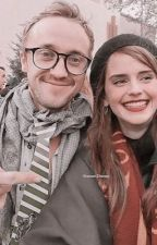 Dramione one shots 🌸🦋 by dramionesmoon