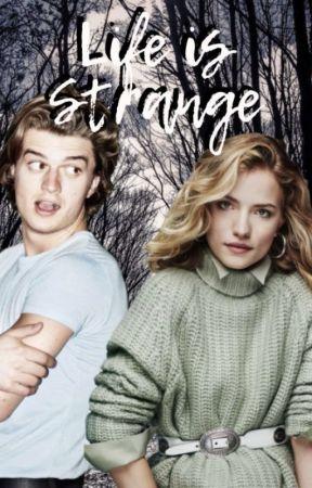 Life is Strange (Stranger Things Steve Harrington x OC) by breakingopen