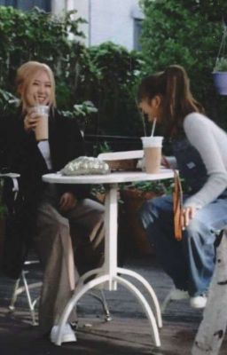 Lichaeng - Cô Park, Lisa Yêu Em