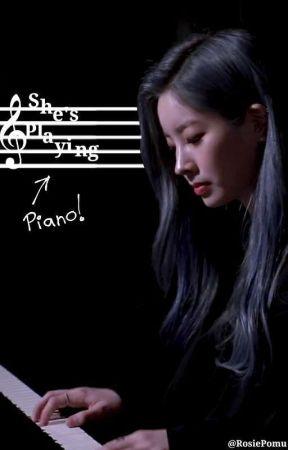 She's Playing Piano 「MiHyun」 by RosiePomu