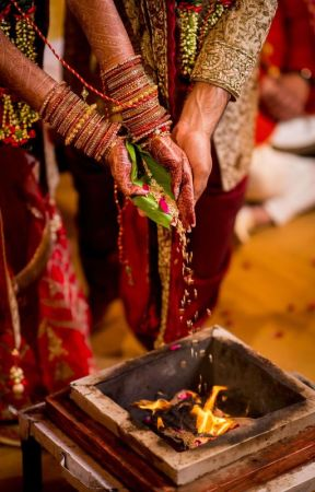 7 vows ✓ by AkankshaKalia