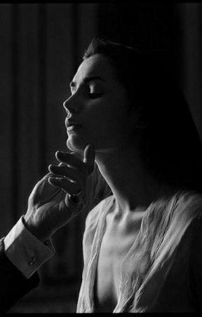 Both Mafia Boss And Assassin wants me. by arebelgirl7