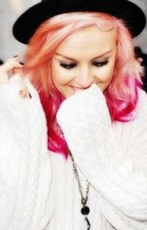 Perrie by UsxAwesomexTeensx
