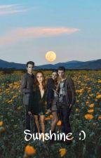 Sunshine (Elijah Mikaelson) by SalvatorexGrimes