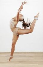 Elastic heart (Dance Moms Fanfic) ON HOLD by Carlykinz