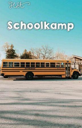 Het School Kamp by sadstoryxwriter