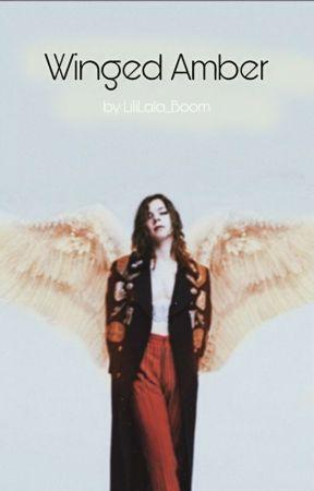 Winged Amber by Hz_stylik