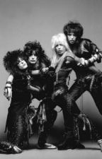Mötley Crüe Imagines and Preferences by -SWEATING-BULLETS