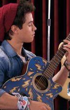 Soy Luna: Benicio smashes Simóns guitar by maaarianinnni