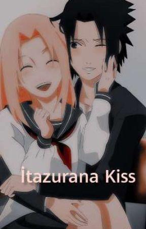 İtazurana Kiss 💌 Sasusaku  by selenequeen_