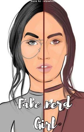 Fake Nerd Girl by alyaafril_