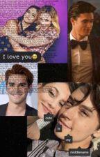 Riverdale Cast Texts by GayForBeiIish