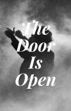A porta está aberta (hs) by cherryzinh4